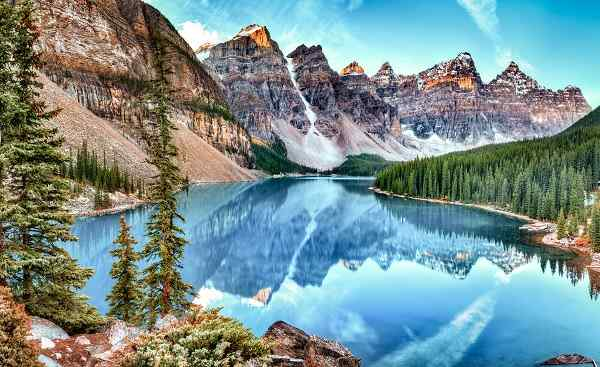 CAD-WEST-TESLA Moraine lake panorama in Banff National Park Alberta Canada 506012695