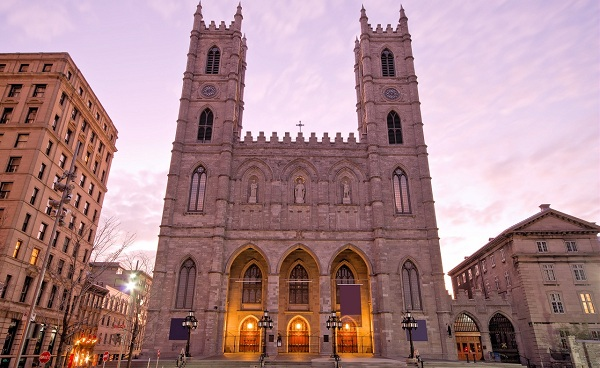 EAST-EXPRESS Kanada Montreal The Basilica of Notre-Dame