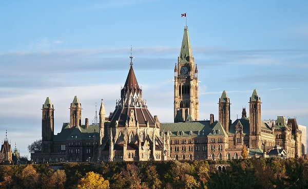 EAST-EXPRESS Kanada Ottawa The Parliament Buildings